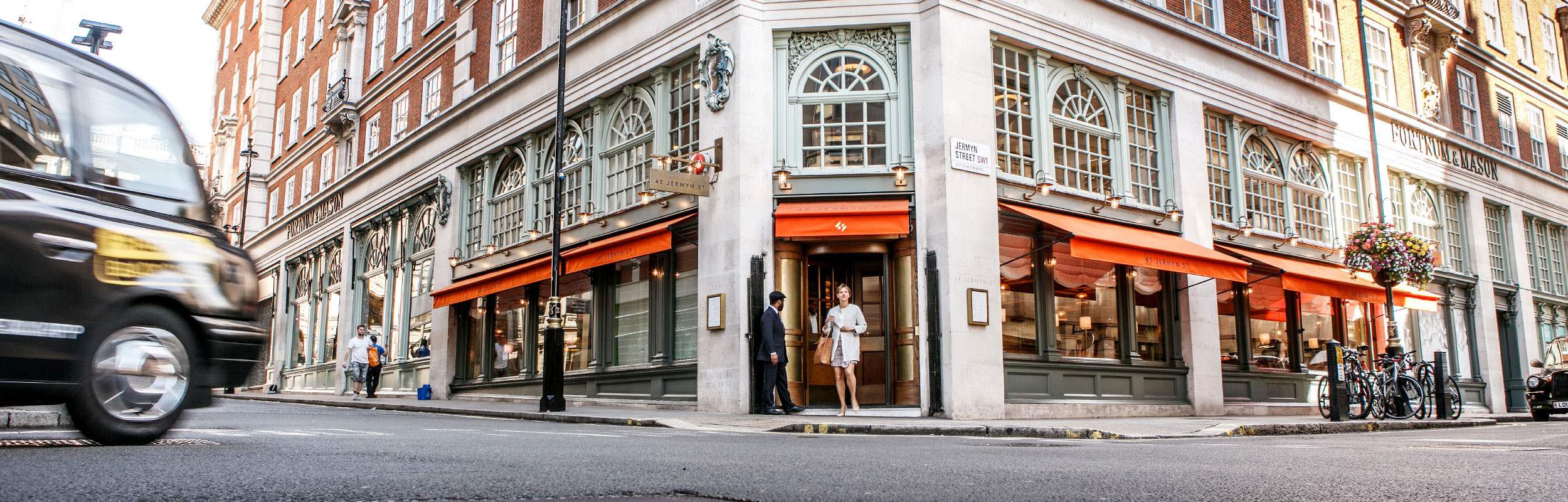 Photography of Fortnum-&-Mason in London
